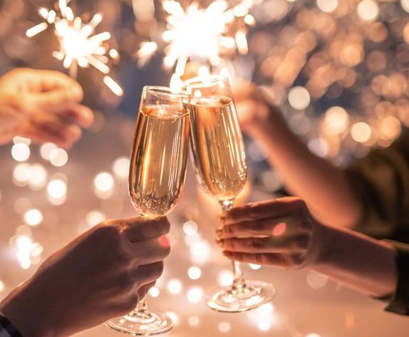 ¿Cuál es la diferencia entre vino espumante y champagne?